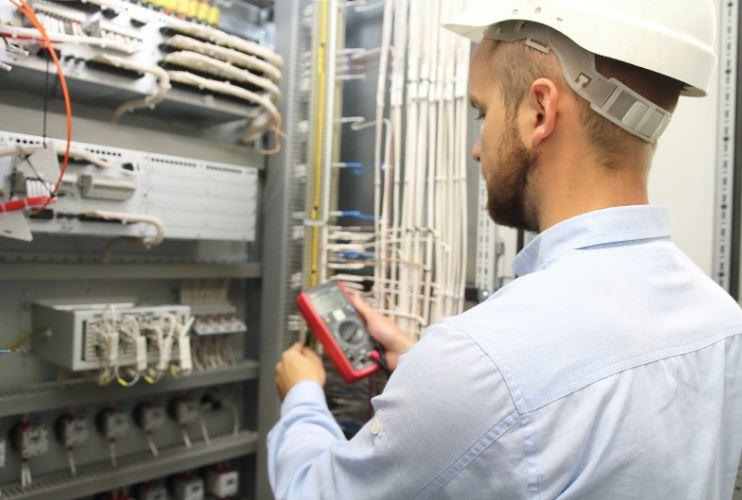 Certificazione impianti elettrici: costi e normativa